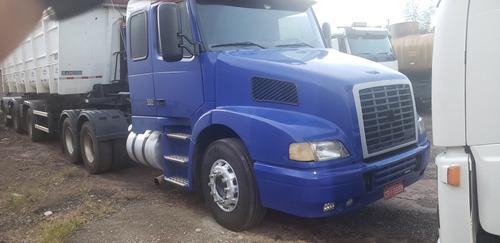 Caminhão Volvo  Nh 12 380 6x2 - Ano 2000