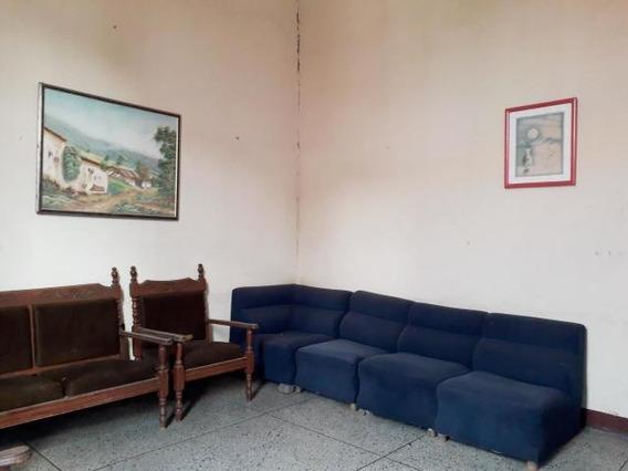 Casa En Venta Centro De Coro Cod-19-13315 04246254310