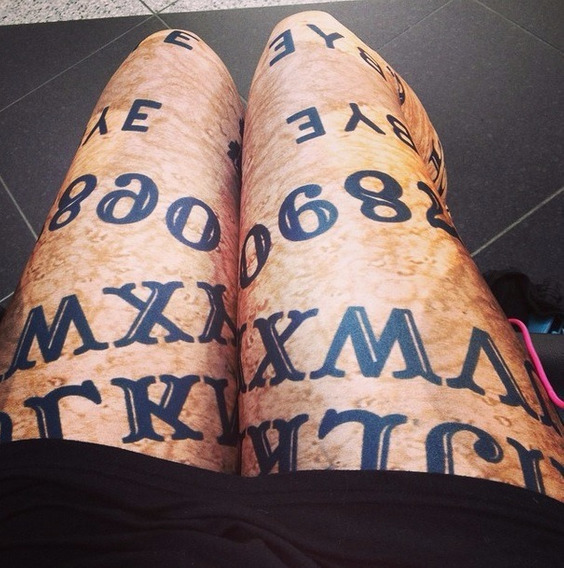 Leggings/calza Simil Blackmilk - Ouija