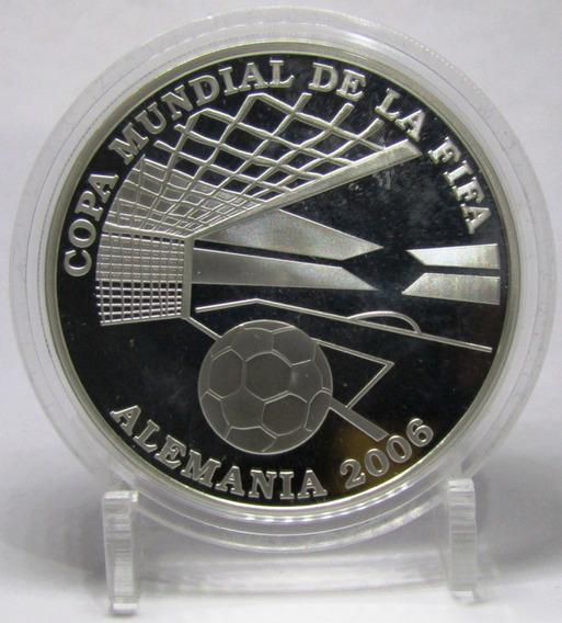 Paraguay Moneda 1 Guarani 2004 Plata Mundial Futbol 06 Proof