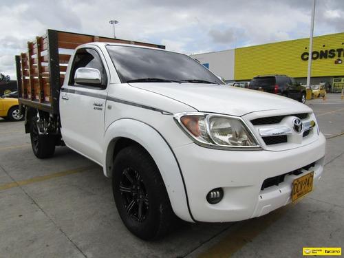 Toyota Hilux 2.7 Estacas 4x2