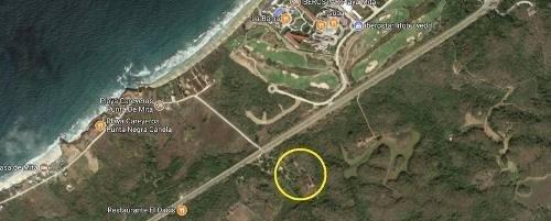 Casa Cerca De La Playa En Carriyeros, Punta Mita, Nayarit. 1.5 Hectárea De Terreno.