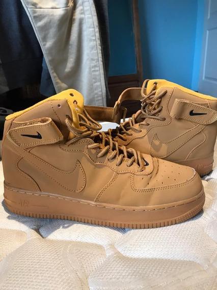 Nike Air Force 1 High. Talle 8.5 Us