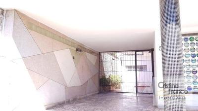 Casa Com 3 Dormitórios À Venda, 378 M² Por R$ 850.000 - Centro - Itu/sp - Ca2224