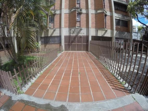 Rolando Lopez Vende Apto., Las Acacias, 20-12693