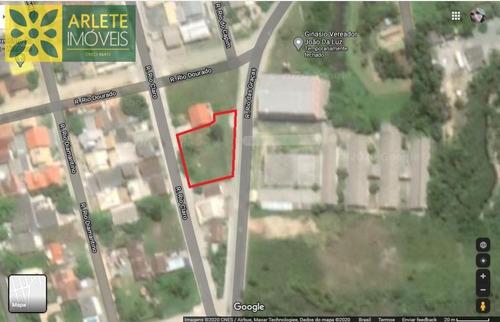 Terreno No Bairro Zimbros Em Bombinhas Sc - 2224