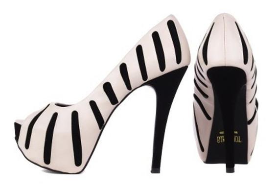 Scarpin Sapato Feminino Torricella Original Preto Branco