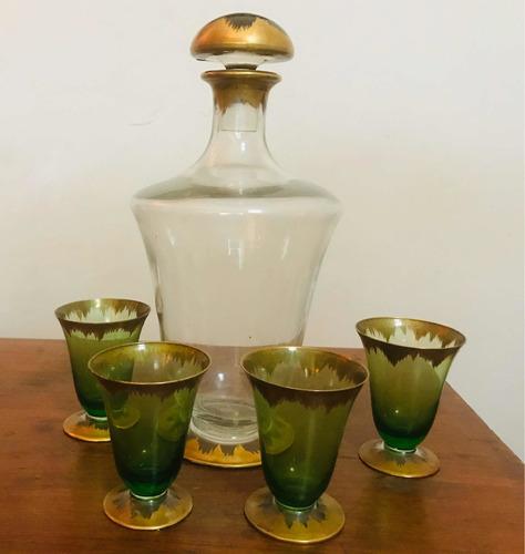 Botellon Licorera Y Cuatro Copas Antiguo