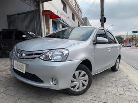 Toyota Etios Sedán 1.5 Flex Automatico