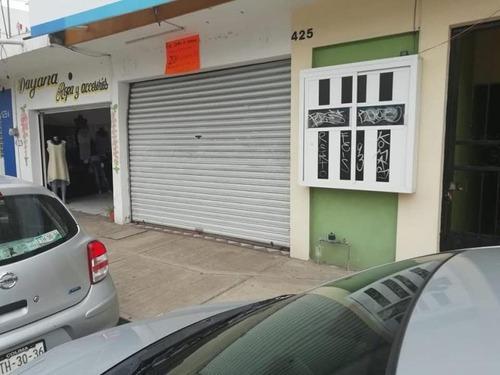 Casa Uso De Suelo En Venta Madero 425, Centro De Colima; Local Comercial Con 3 Departamentos...