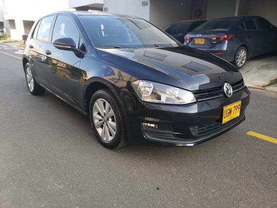 Volkswagen Golf Confortline