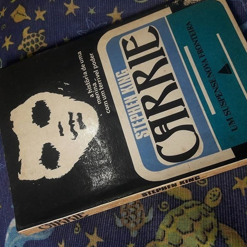 Livro Carrie Stephen King