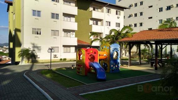 Apartamento Com 3 Dormitórios À Venda, 80 M² Por R$ 235.000 - Água Verde - Blumenau/sc - Ap0686