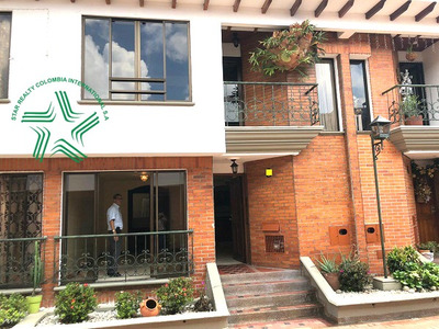 Vendo Casa Duplex Av Las Americas Pereira