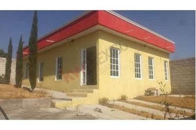 Hermosa Casa, Excelente Ubicación, Acayuca Centro