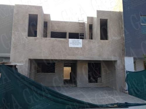 Casa En Condominio En Valle Imperial, Zapopan