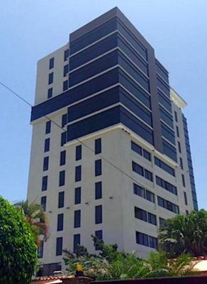 Local Para Oficina En Torre Empresarial En El Millón 173m2