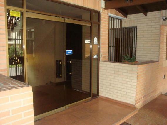 Apartamento En Venta En La Soledad Codigo Flex 18-1678 Dlr