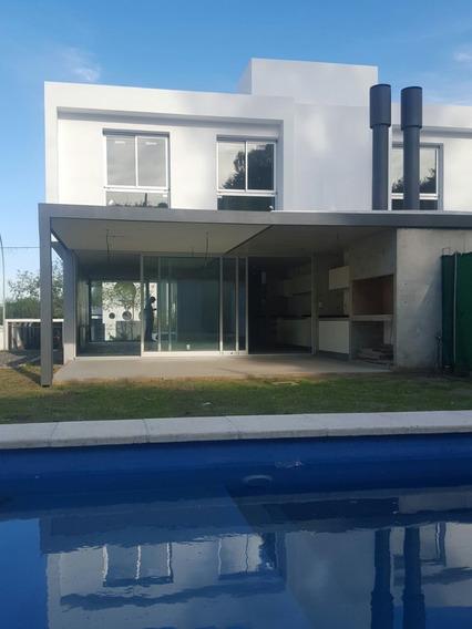 Casa En Venta En Housing Santa María De La Carolina, Córdoba