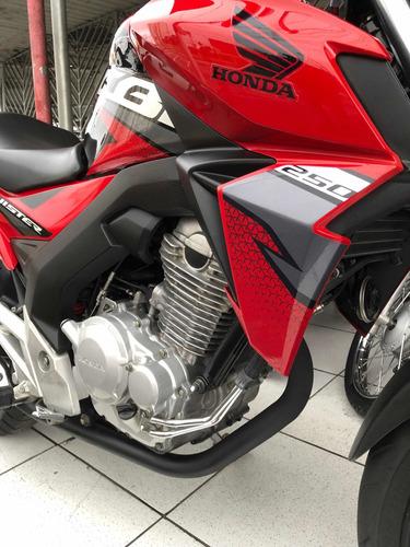 Imagem 1 de 10 de Honda Cb Twister 250