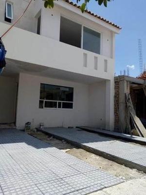 Pre-venta Casa En Mayorazgo León Gto, Recámara En Planta Baja