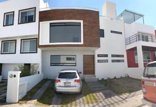 Hermosa Residencia En Milenio Iii - Roof Garden, 5 Baños, 3 Recámaras, Jardín