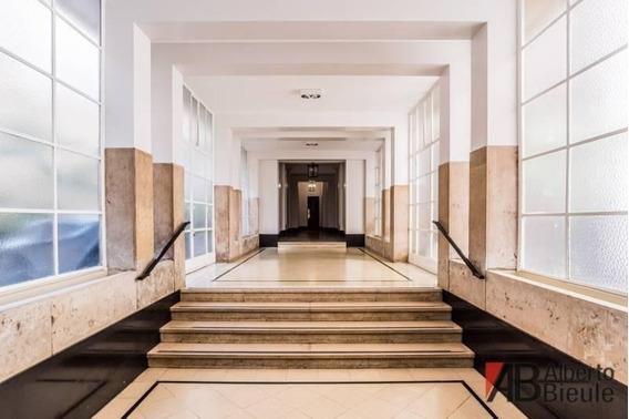 Oficina De Categoria En Edificio Art Deco