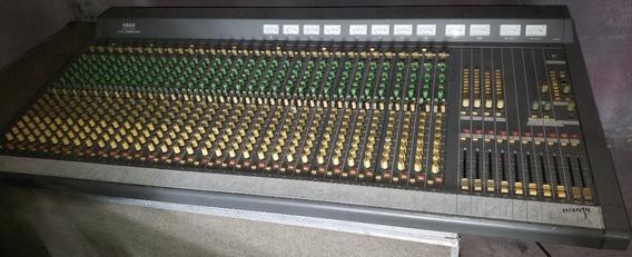 Mesa De Som Yamaha 3210 M - Com Case