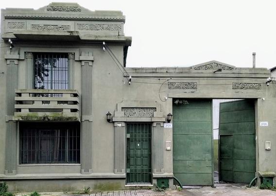 Alquilo Casa Y/o Gran Galpón En La Blanqueada.