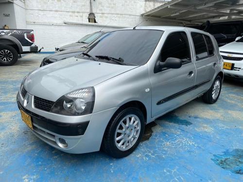 Renault Clio Blindado