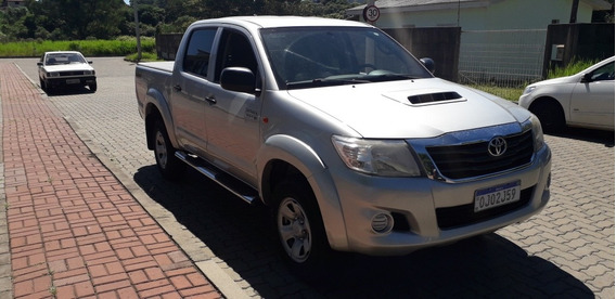 Toyota Hilux 3.0 Std Cab. Dupla 4x4 4p 2014