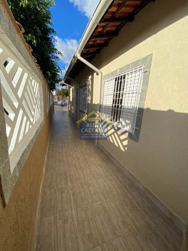 Imagem 1 de 19 de Maravilhosa Casa Toda Reformada  No Caicara - Vcla20209