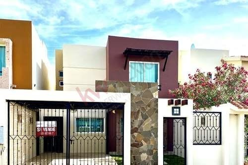 En Venta Fabulosa Casa En Portales Residencial, Los Cabos, Lista Para Habitar,