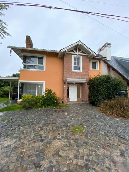 Casa En Alquiler De 2 Dormitorios C/ Cochera En San Miguel De Ghiso