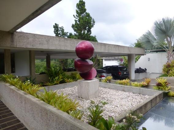 Se Vende Casa 780m2 3h+2s/4.5b+s/4p La Lagunita
