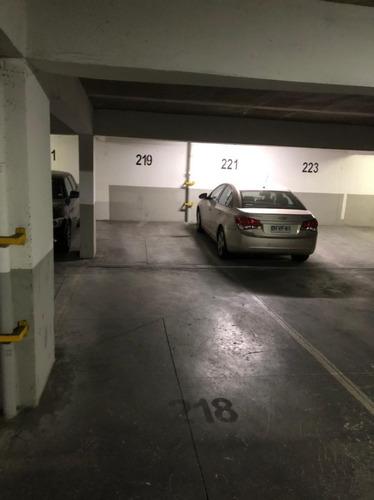 Imagen 1 de 1 de Arriendo 2 Estacionamiento En Linea