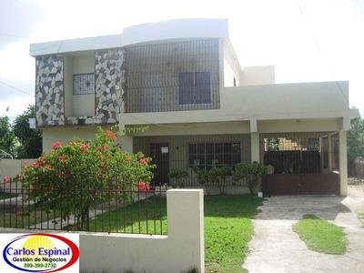 Casa De Alquiler En Higuey (centro De La Ciudad)
