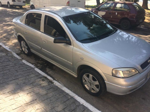 Chevrolet Astra 1.8 Gl 4p