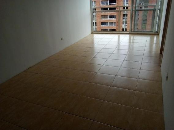 Apartamento En Venta En El Encantado - Gina Briceño 20-3802
