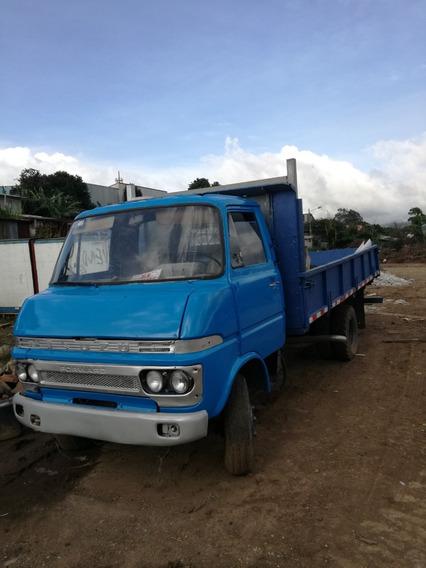 Camion Isuzu 1975 Recien Pintado