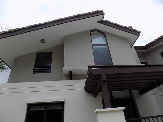 Casa En Venta En Panama Pacifico 19-6864 Emb