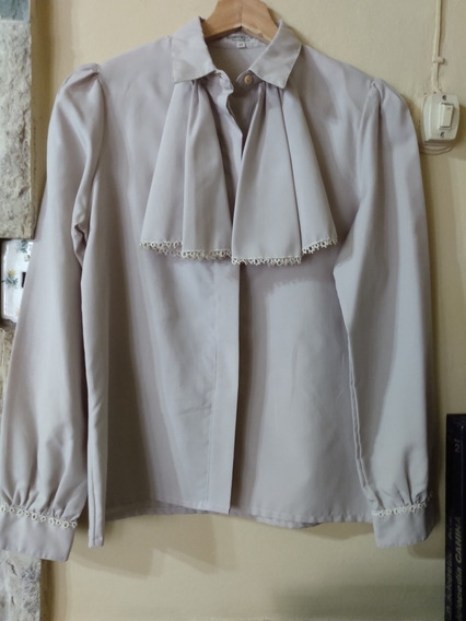 Camisa Vintage Con Shabot Divina Color Gris Seda Raso Oferta