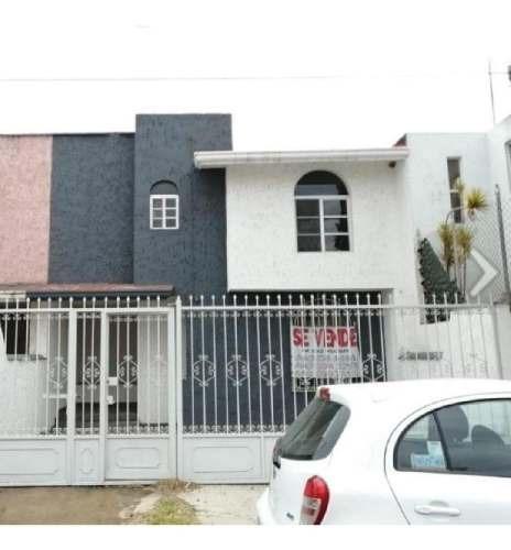 Venta De Bonita Casa Remodelada Con Excelente Ubicación!!!
