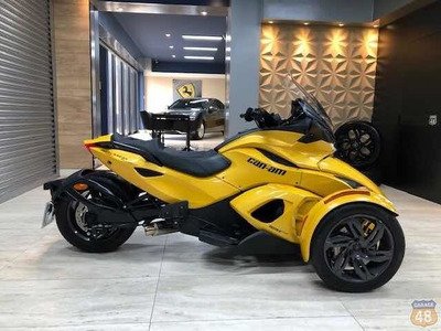 Bombardier Can-am Spyder St