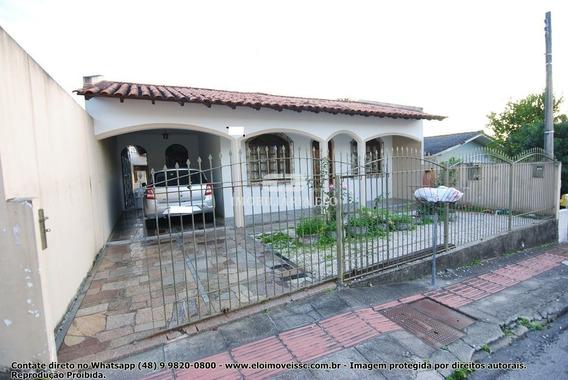 Casa Em Barreiros Próximo Ao Colégio Energia E Elisa Andrioli!!!! - 4176