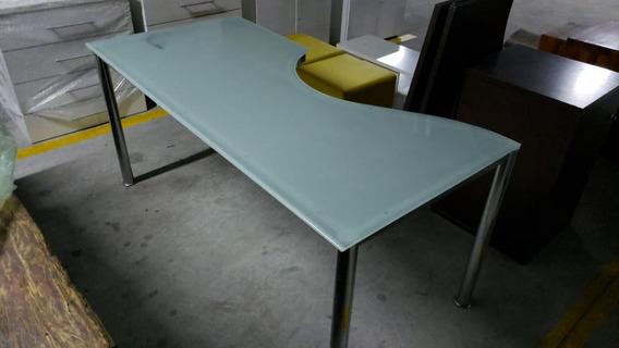 Mesa De Escritório Com Tampo De Vidro E Pés Cromados