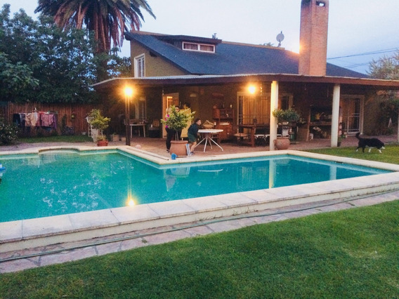 Casa Quinta Soler. La Mejor Ubicación A 100 Mts. De La Lag