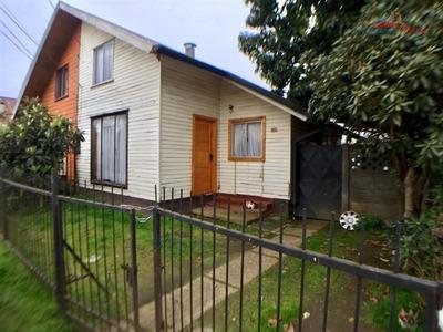 Casa En Venta De 3 Dorm. En Temuco