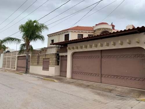 Hermosa Casa Al Norte
