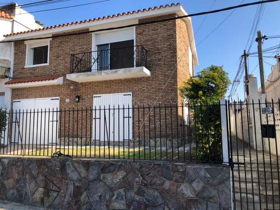 Casa Dos Plantas, Tres Dormitorios Dos Baños Garage